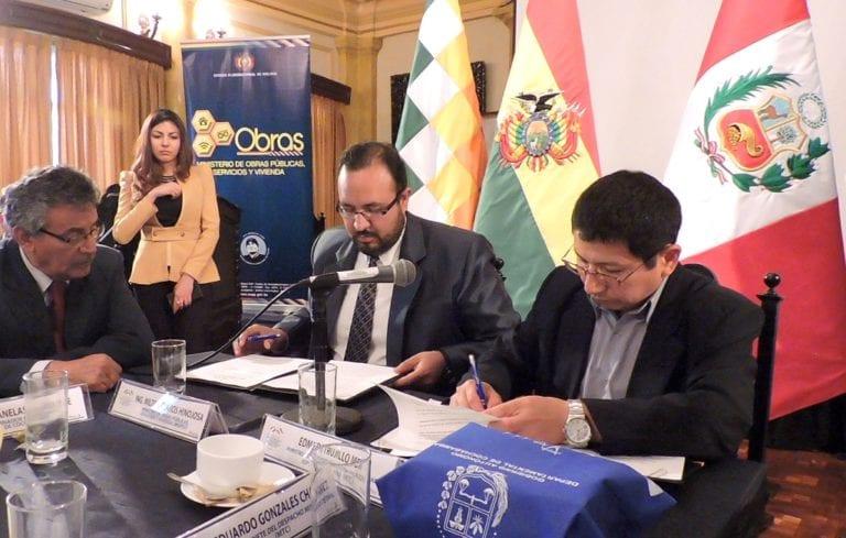 Perú y Bolivia suscriben convenio para facilitar el tránsito de carga de exportación por el puerto de Ilo