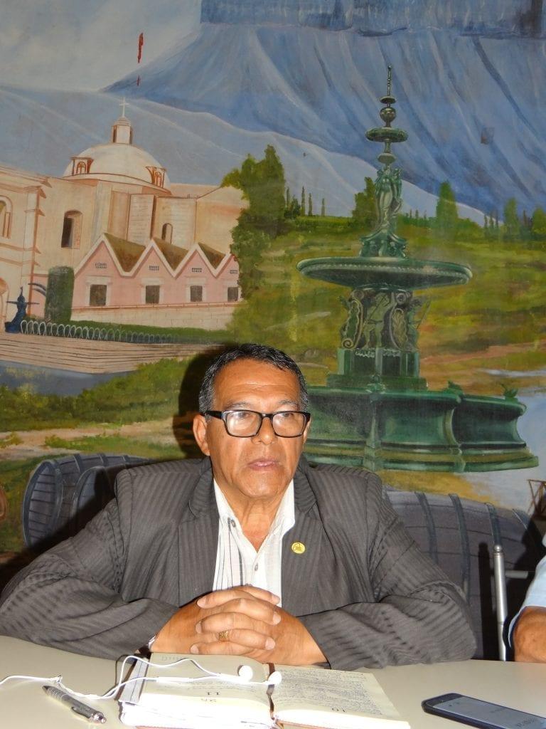 Otorgan licencia a vicegobernador regional Emilio Euribe