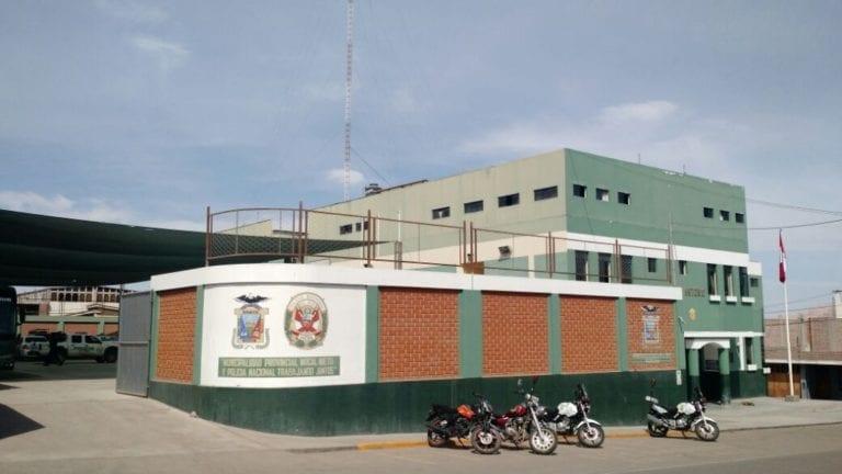 Moquegua: Sujetos provistos de armas ingresan a vivienda y asaltan a familia