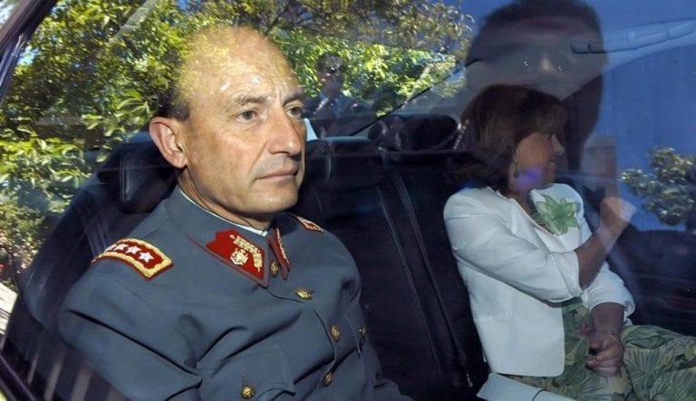 Exjefe de Ejército chileno procesado y detenido por torturar presos políticos