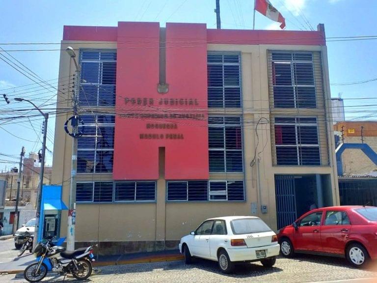 Poder Judicial ordena desalojo de humilde mujer y sus 4 hijos