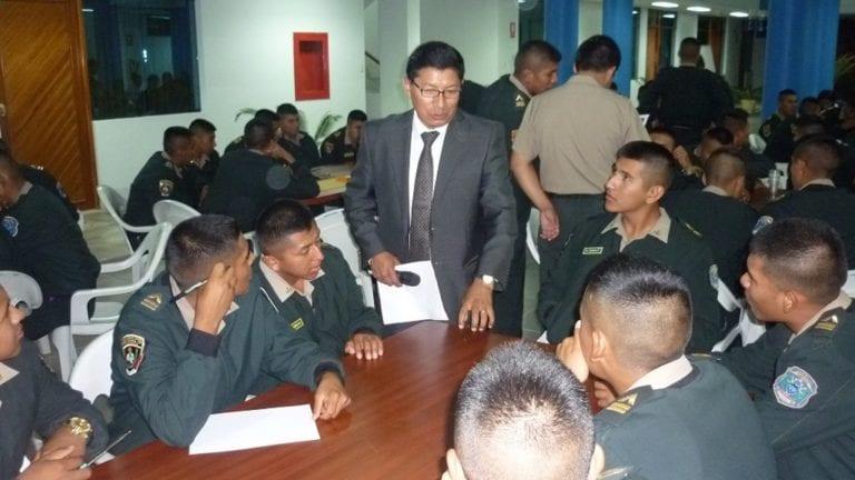 Alumnos de escuela policial participaron de taller