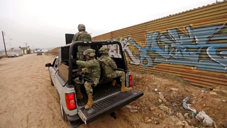 «Soldados armados a la frontera»: La amenaza de Donald Trump tras incidente con el Ejército de México