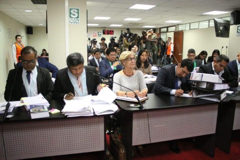 Amplían prisión preventiva de Susana Villarán de 18 a 24 meses