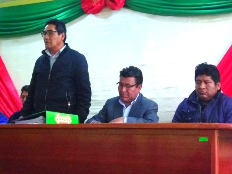 Gobierno Regional Moquegua firma acta para viabilizar proyectos a favor de Ichuña
