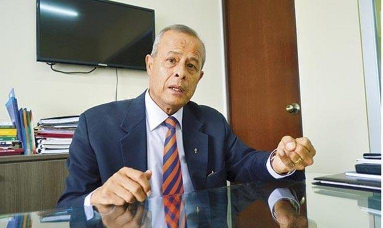 Mollendino José Arce podrá juramentar como decano Colegio de Abogados de Arequipa