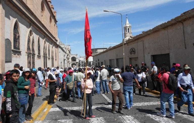 Cancelan hasta 30% de paquetes turísticos en Arequipa