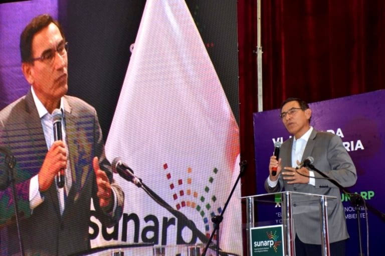 Presidente Martin Vizcarra pide que Quellaveco cumpla con contratar a más moqueguanos