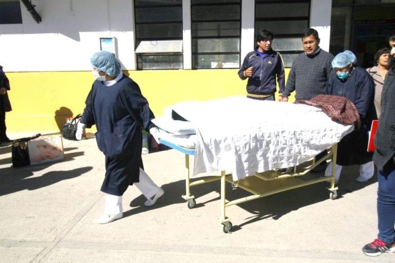 Trabajadores se salvan de milagro tras despiste de camioneta en Ichuña