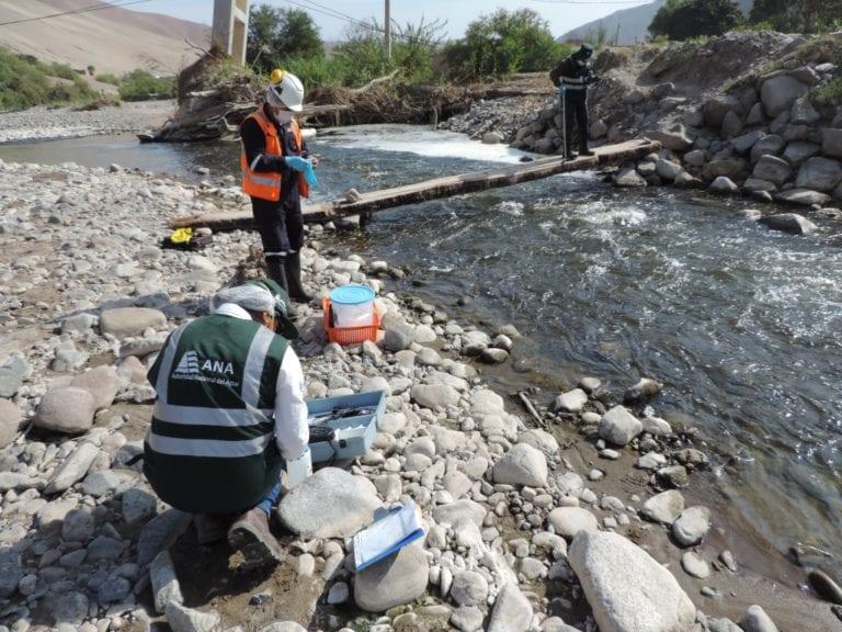 Analizan aguas del río Osmore y río Moquegua para verificar presunta afectación a la calidad de los recursos hídricos
