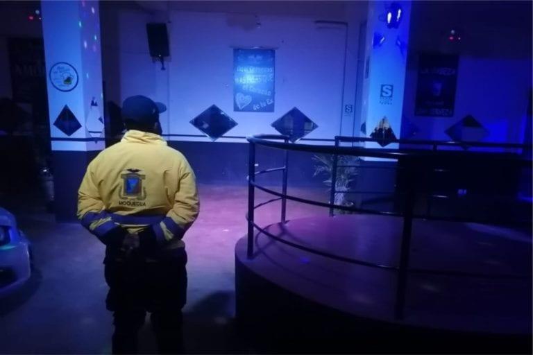 """En operativo cierran bar """"Stragos II"""" por desacatar emergencia sanitaria"""