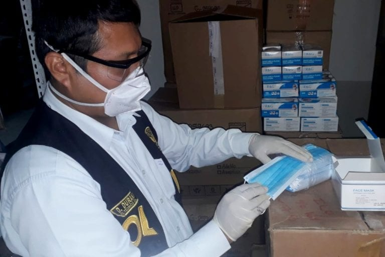 Fiscalía anticorrupción investiga presunta compra sobrevalorada de mascarillas