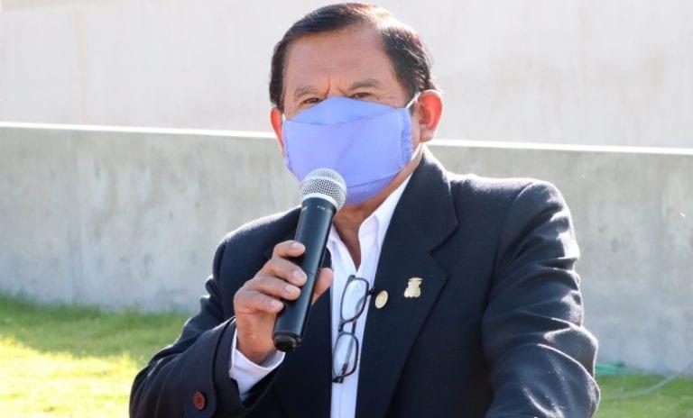 Hospitalizan a gobernador Zenón Cuevas y Moquegua llega a 2551 infectados