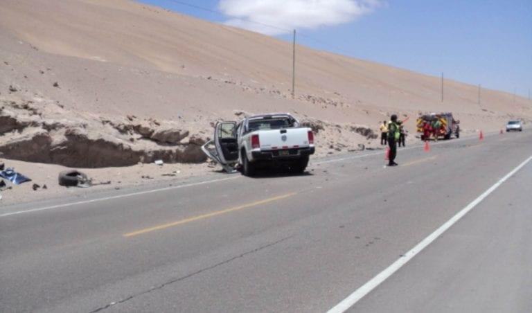 Cocachacra: Despiste de automóvil deja dos personas heridas