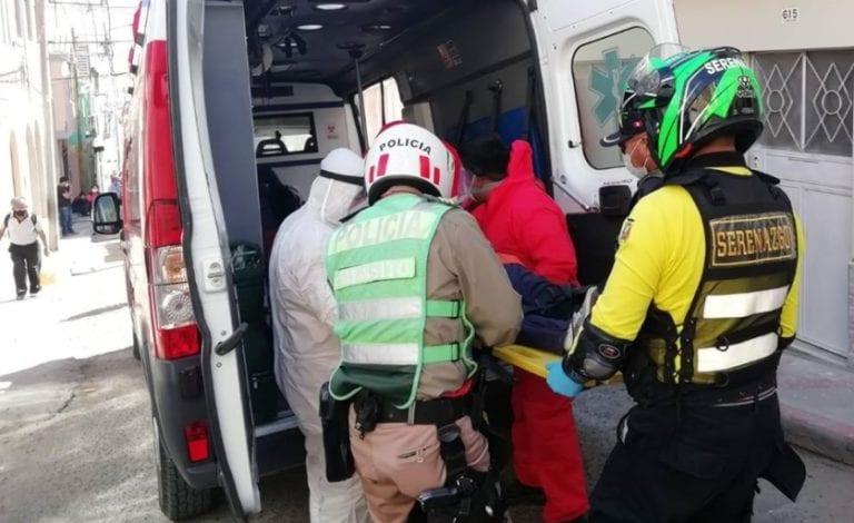 Mujer que hacia delivery quedó mal herida tras estrellarse con su bicicleta