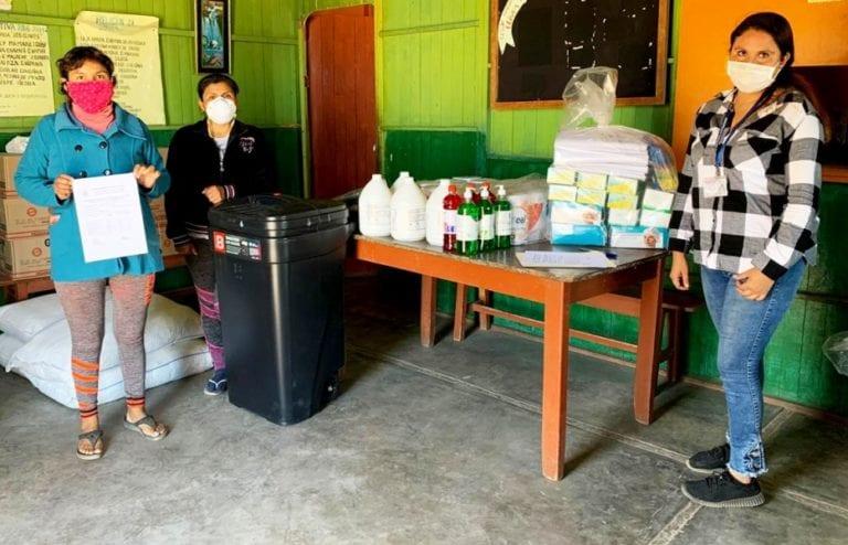 Municipalidad Provincial de Islay: Entregan artículos para protección y limpieza a comedores populares