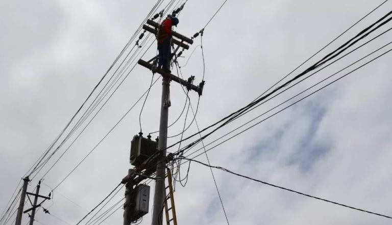Anuncian corte de luz en Deán Valdivia y Mejía